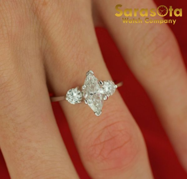 14K White Gold Approx 090 Ct Diamonds 3 Stone Womens Ring Size 45 111825709741 3