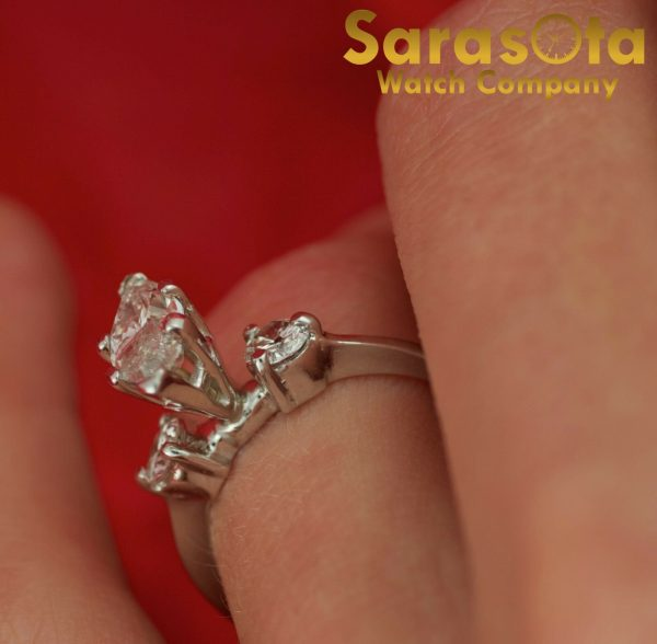 14K White Gold Approx 090 Ct Diamonds 3 Stone Womens Ring Size 45 111825709741 6