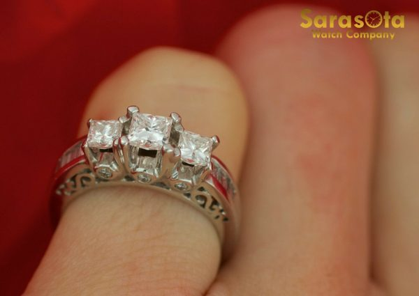 14K White Gold Approx 10 Ct Diamond Womens Ring Size 45 131654106072 2