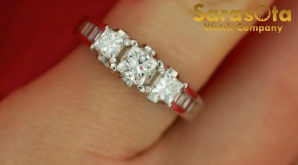 14K White Gold Approx 10 Ct Diamond Womens Ring Size 45 131654106072 3