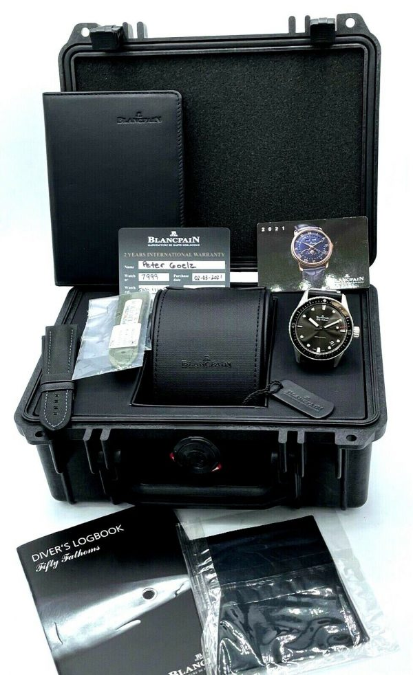 Blancpain-Fifty-Fathoms-Bathyscaphe-Divers-Logbook-Steel-43mm-Automatic-Watch-124694620939-11